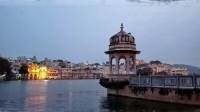 Videonauts backpacking Indien Udaipur lake
