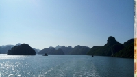 Videonauts backpacking Vietnam Halong Bay II