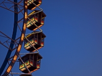 Videonauts Herbst in 50mm Festbrennweite Wiesn Riesenrad