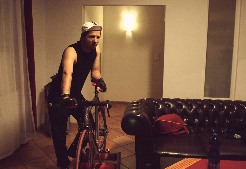 Videonauts fixie Hometrainer Trainingsrolle Session