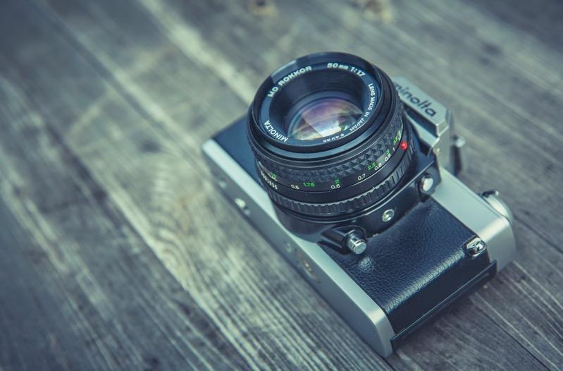 primes vs zoom lenses size