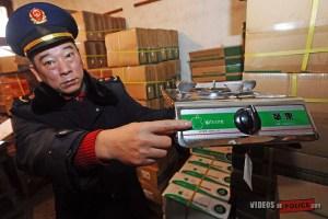 la-police-chinoise-percoit-des-iphones