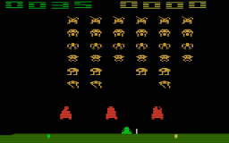 Seltsame Invaders. Etwas klotziger als im Original. (Bild: Atari)