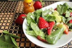 BabySpinachStrawberrySalad