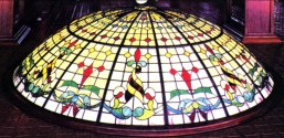 Fabricación de vidriera emplomada para cúpula