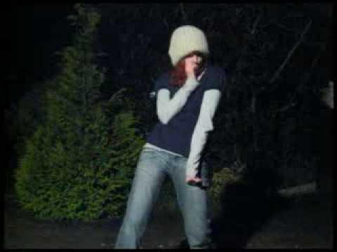 Groovy Dancing Girl