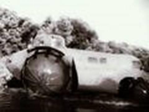 50s Sci-Fi Car: The Rhino