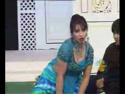Sheeza Performs Tauba Tauba Mujra