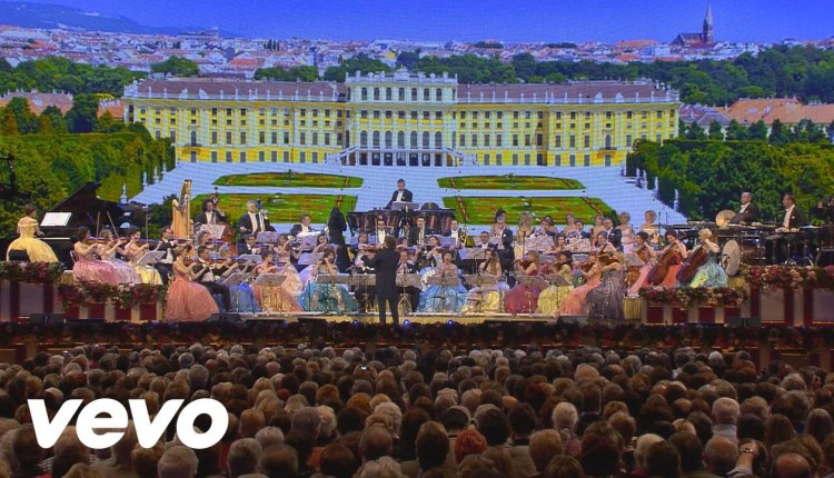 André Rieu Plays The Voices Of Spring Beautifully