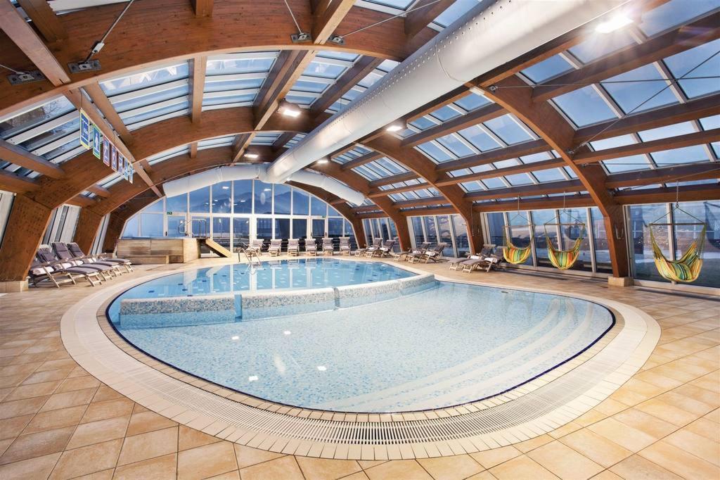 Hotel Kompas Lacul Bled: Piscină