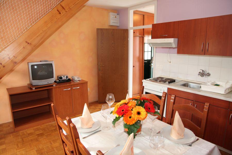 Appartamenti Catez Terme Catez