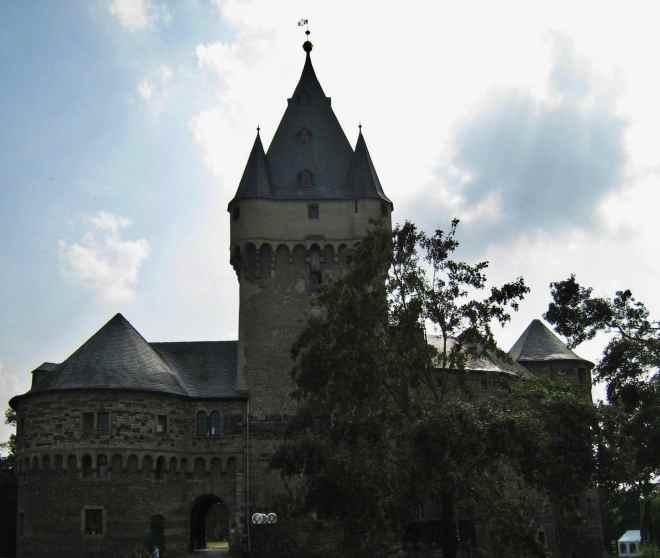 Schloss Hülchrath