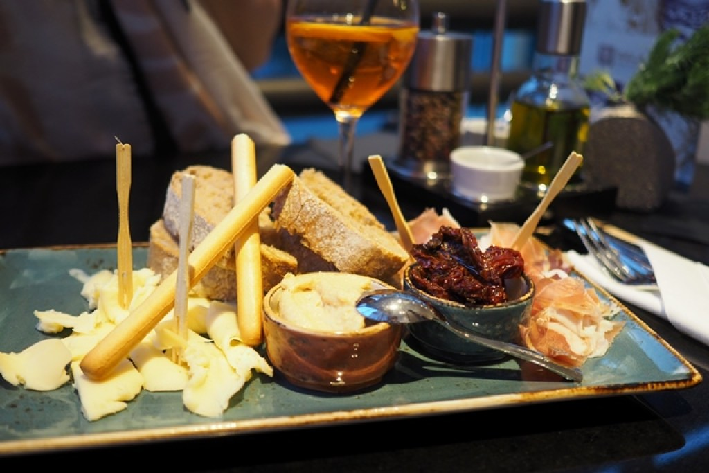 Antipasti im Mercure Hotel Berlin City