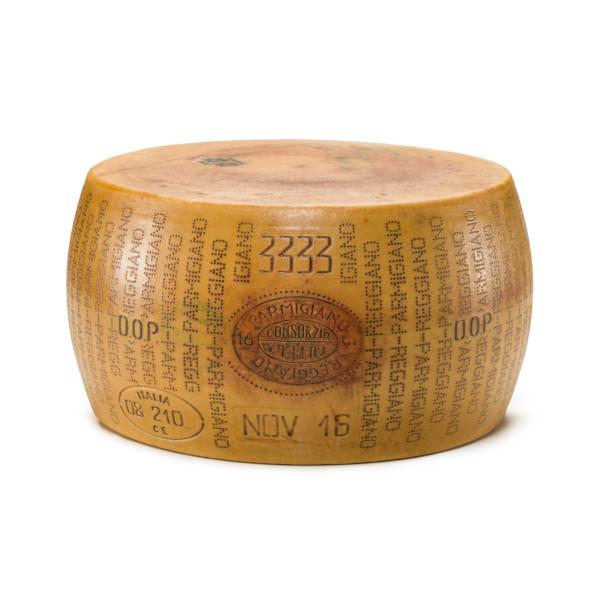 parmigiano reggiano forma intera da 35 kg f088 1