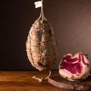 spalla cruda di palasone s osso stag 10 mesi presidio slow food intera o in due meta s a005 1.1