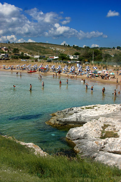 Cala Molinella  Baia Molinella  Vieste  Gargano  Puglia  residencevillaggi campeggi Molinella