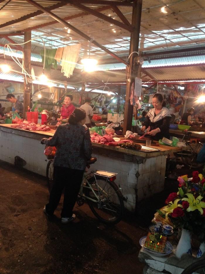 Chau long wet market