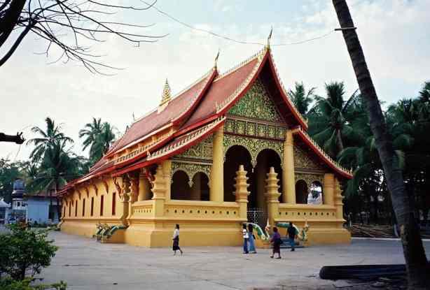 Chùa Wat Ong Teu tại Lào.