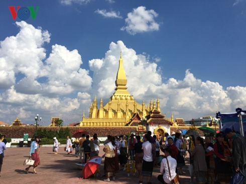Lễ hội Thạt Luổng tại Lào.