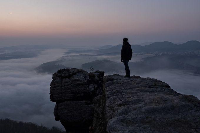 Wachten op zonsopgang door pixelmac - Unieke locaties fotocompetitie