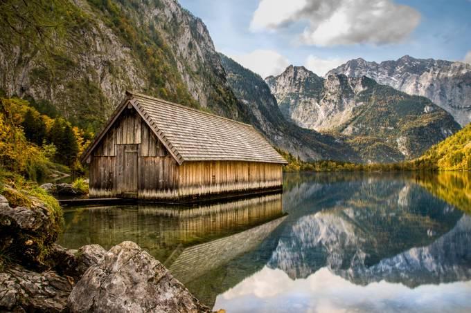 Mountain Lake Cabin door Bastiaan - Unieke locaties fotowedstrijd