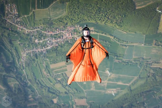 Backflying portrait by FlatMat - Orange Tones Photo Contest