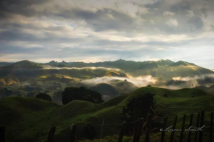 Misty Morning van LornaSmithPhotography - Fotowedstrijd met unieke locaties