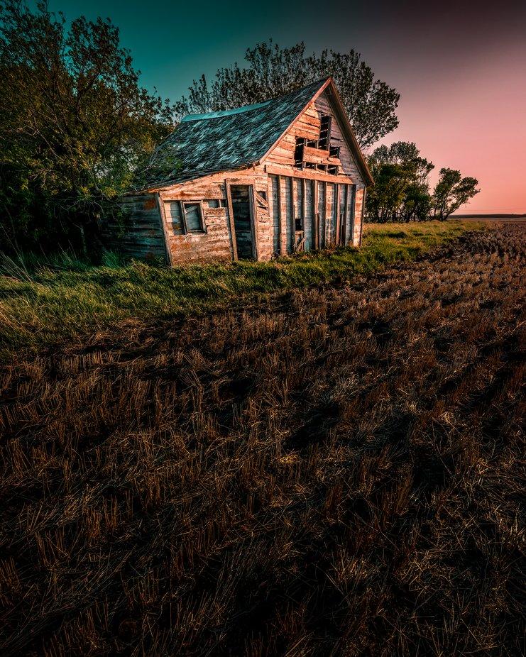 Hideaway by Laurelle_June