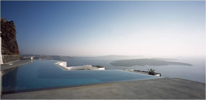 Το ξενοδοχείο Santorini Grace