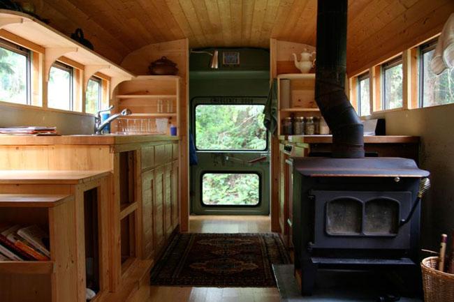 Ένα παλιό σχολικό λεωφορείο γίνεται σπίτι!