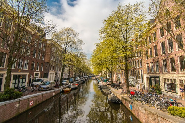 AirBnB Regulation is controversial in Amsterdam