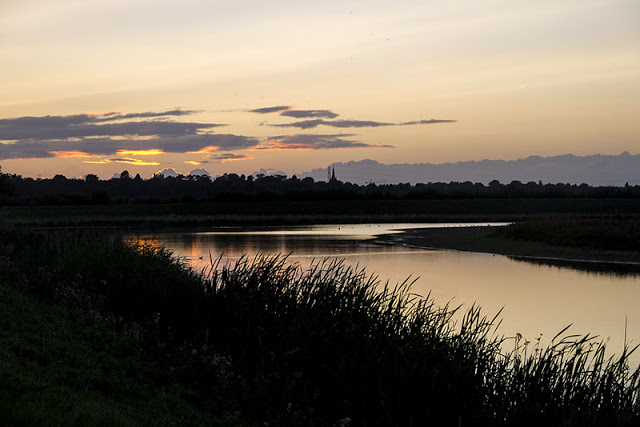 Top 10 Outdoors Instagram Accounts to follow in 2018 - Sunset at Rutland Water