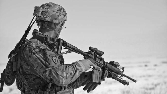Στρατιώτης να γίνεις