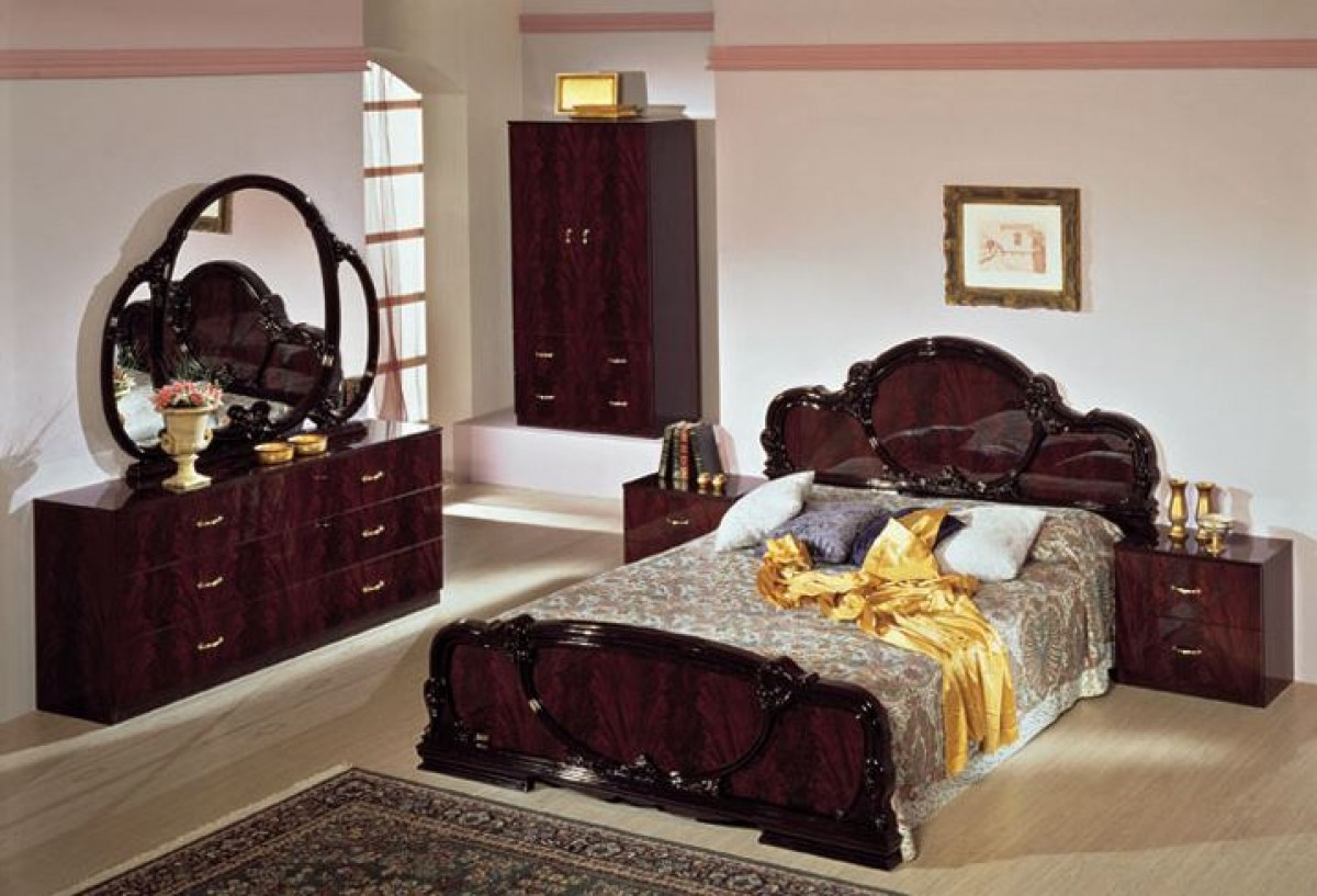 complete set: serena mahogany traditional italian bed