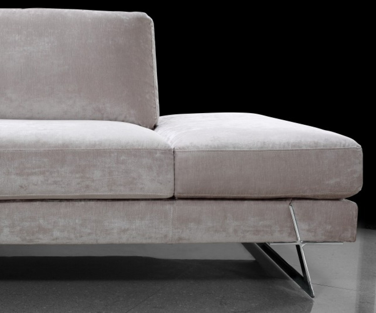 White Fabric Sectional Sofa Chaise