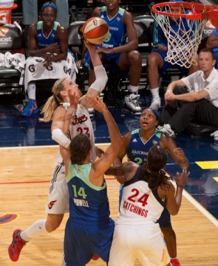 Douglas scoring at the rim so skillfully with her left hand. (Frank McGrath Photo)