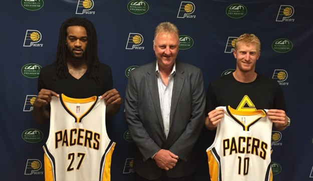 Pacers President Larry Bird with two Arizona Wildcat teammates brought in last July, Jordan Hill and Chase Budinger.