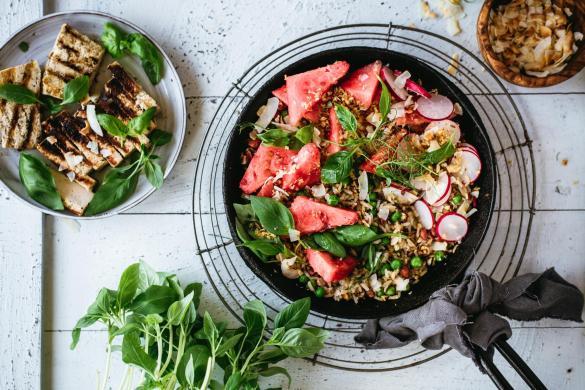Paistettu thaimaalainen vesimeloni-riisi