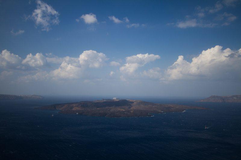 Excursion dans la caldeira et sur le volcan de Santorin
