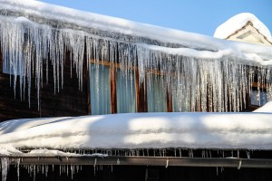 4 Easy Steps that Will Prevent Winter Weather from Damaging Your New Home this Season