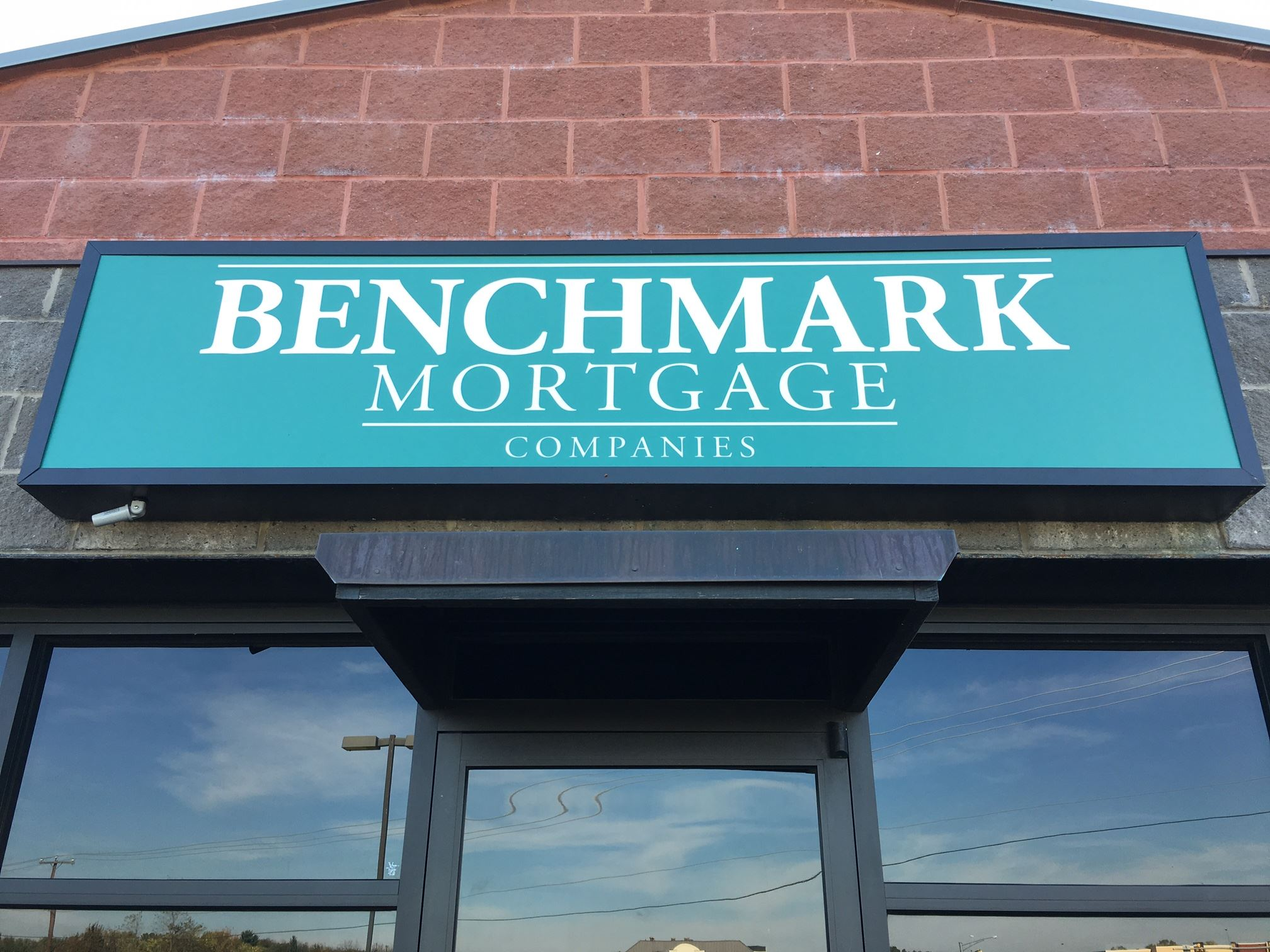 benchmark mortgage sign 2