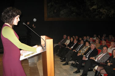 Helena Morén en un moment de l'acte a Girona