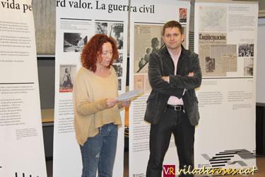 Anna Vicens i Marc Danés en un moment de l'acte a Roses