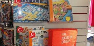 """""""I tu, jugues en català""""?"""