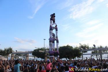 Diada castellera a la Festa Major de Roses
