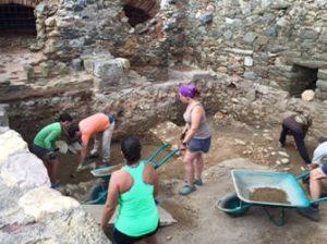 Excavacions arqueològiques a la Ciutadella de Roses