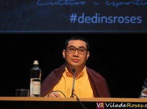 El lama Khenpo Ngedön al Cicle de Dins de Roses