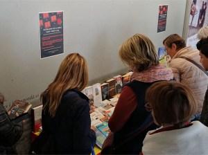 L'Oficina de Català de Roses celebra Sant Jordi