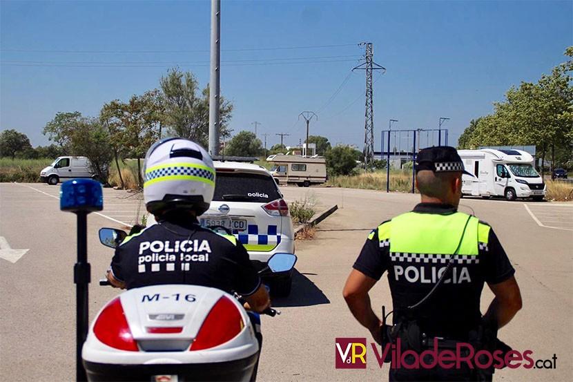 Agents Policial Local Roses negatiu prova PCR Covid-19