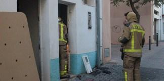 Foc en una casa del carrer Cosconilles de Roses